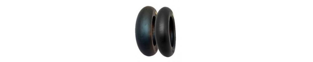 Neumáticos en 10 y 12 para tu Pit Bike o MiniGP de las mejores marcas Bridgestone, PMT, Pirelli, Dunlop, Mytas, Maxxis..